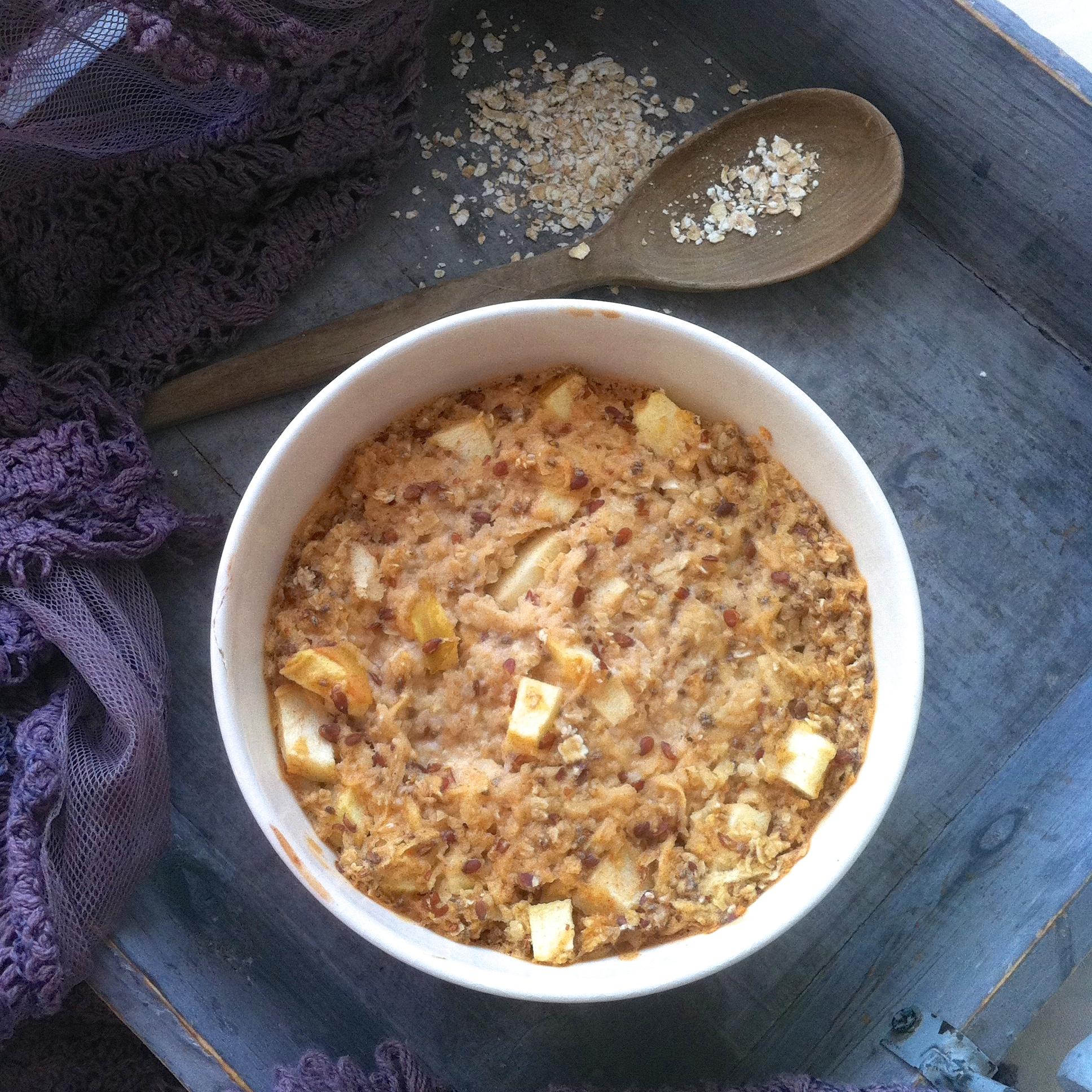 Breakfast: gebakken havermout met appel en kaneel