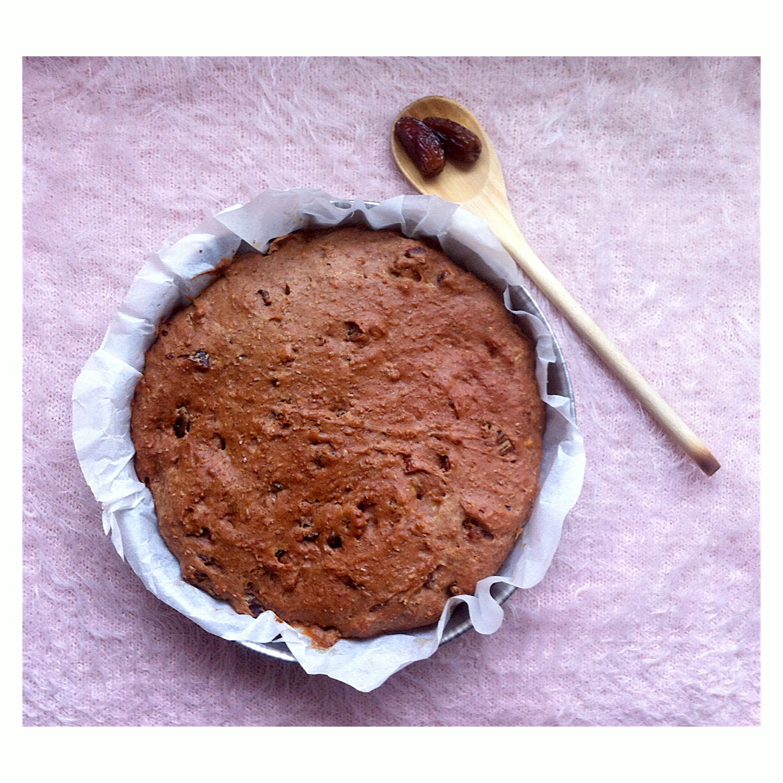 Suikervrije dadel-kruidcake